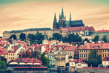 Load image into Gallery viewer, TOUR DEL CASTILLO DE PRAGA  (con interiores)