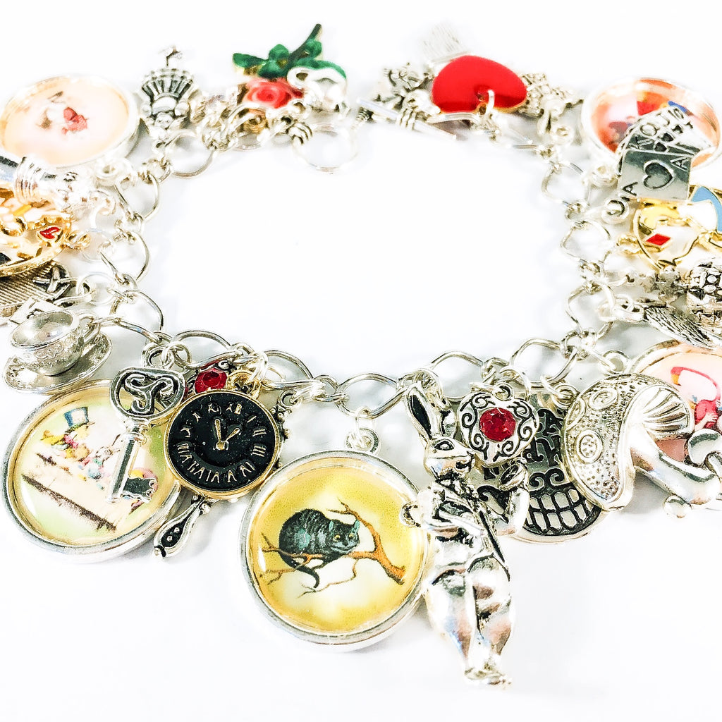 Alice in Wonderland charm bracelet - Alice and The Cheshire Cat