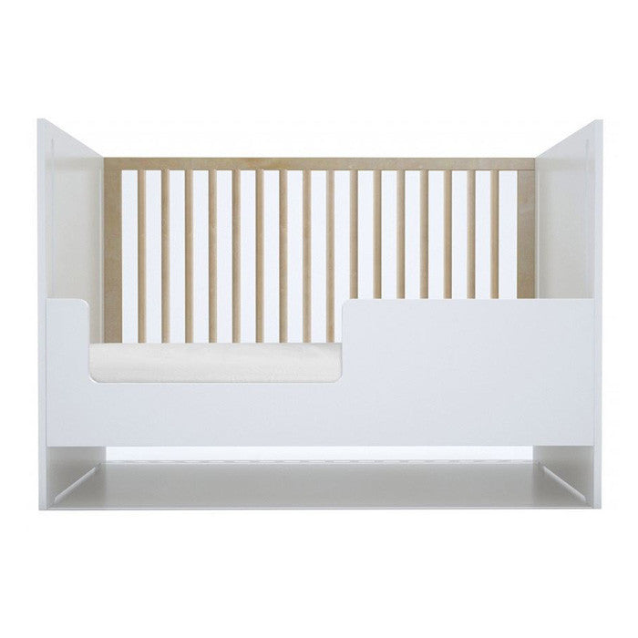 Spot on Square Oliv Crib Conversion
