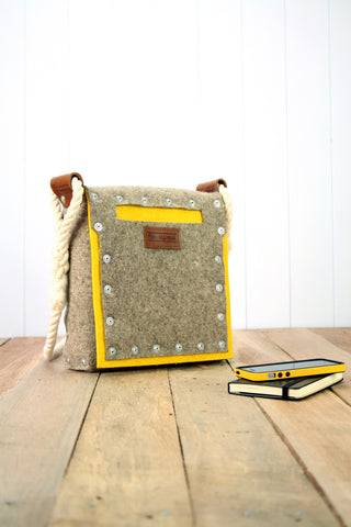 Medium yellow pocket bag