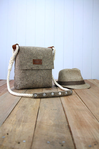 Felt Messenger bag with cotton rope strap, Medium satchel made of felt for men, Mens messenger bag, Messenger bag.
