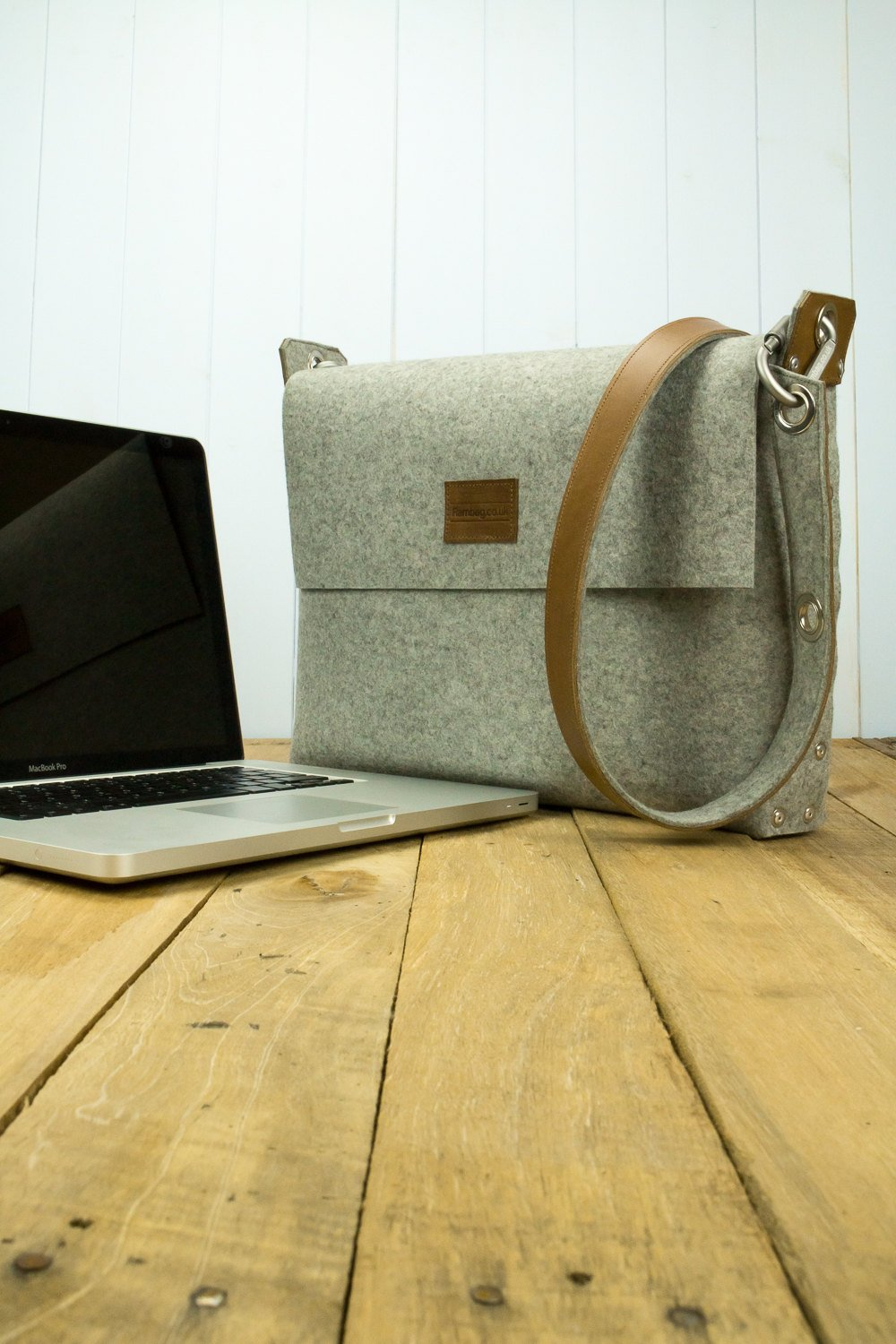 "15.6 Laptop Bag, Laptop Bag, MacBook 15"" Bag, MBP 15"" bag , Felt laptop bag"