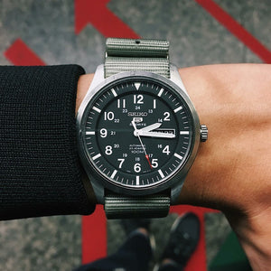 Premium Nato Strap in Grey with PVD Black Buckle (18mm) - Nomad watch Works