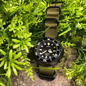 Heavy Duty Zulu Strap in Olive with PVD Black Buckle (24mm) - Nomad watch Works