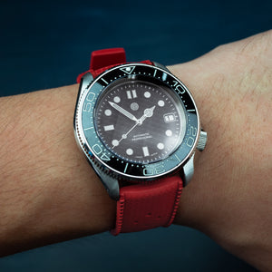 Tropic FKM Rubber Strap in Red (20mm) - Nomad watch Works