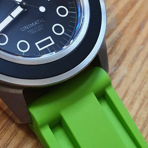 V3 Silicone Strap in Green (24mm) - Nomad watch Works