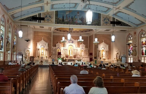 ezu Church is the oldest Catholic church in Miami. It was erected in 1896 with funds from the city's Catholic community.
