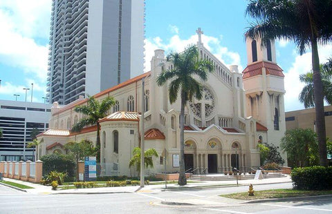 One of the first churches in the city of Miami, founded in 1896. Originally a wooden church, it was replaced by a stone church in 1912-25.
