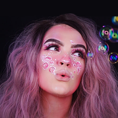How To Transform Into A Bubblegum Beauty - Halloween Looks 2018