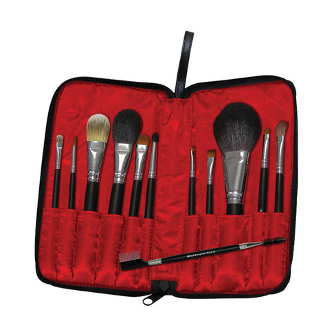 Makeup Brushes in Zippered Travel Case