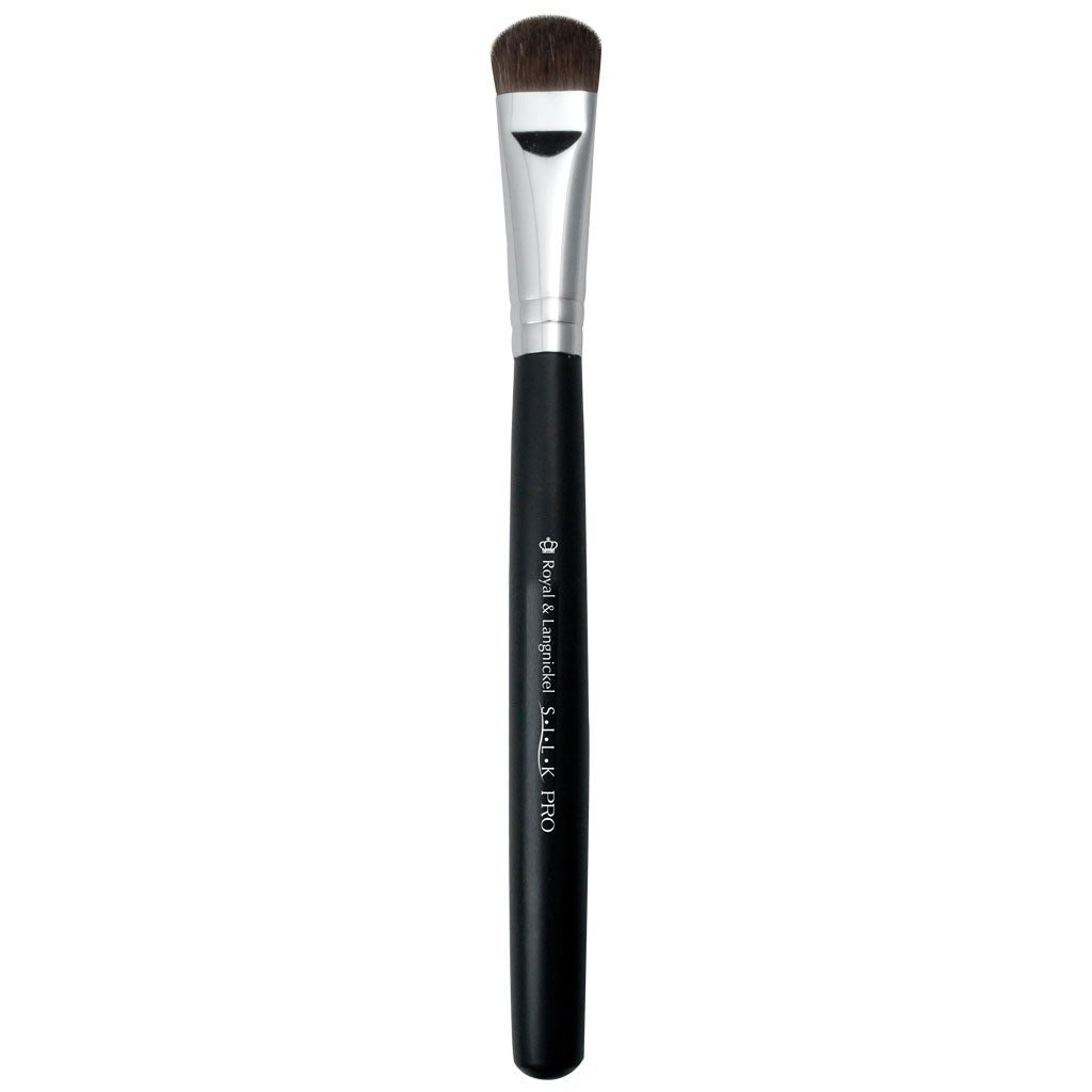 S.I.L.K® All Over Shadow Makeup Brush