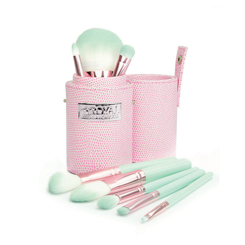Love Is... Trusting™ – 8pc Travel Brush Kit