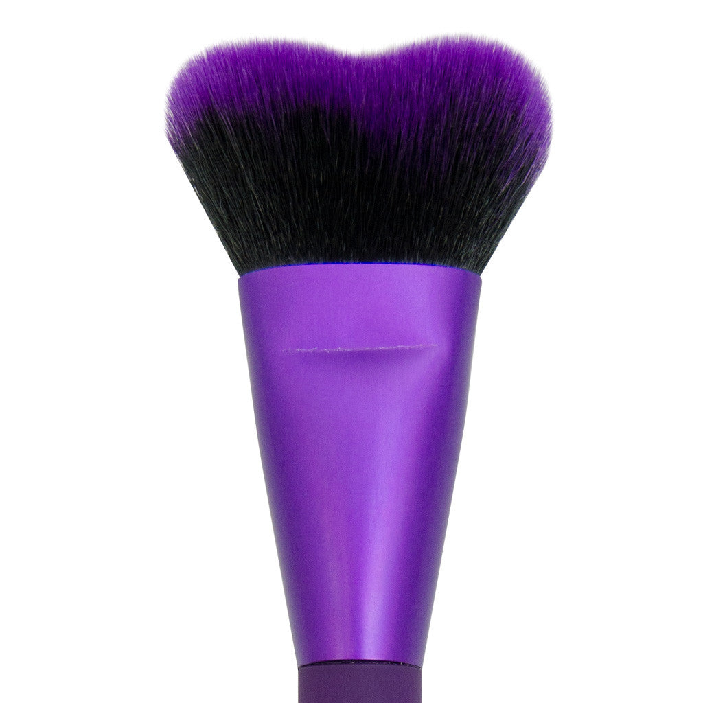 Close-up of hair and ferrule of MODA Quick Contour makeup brush