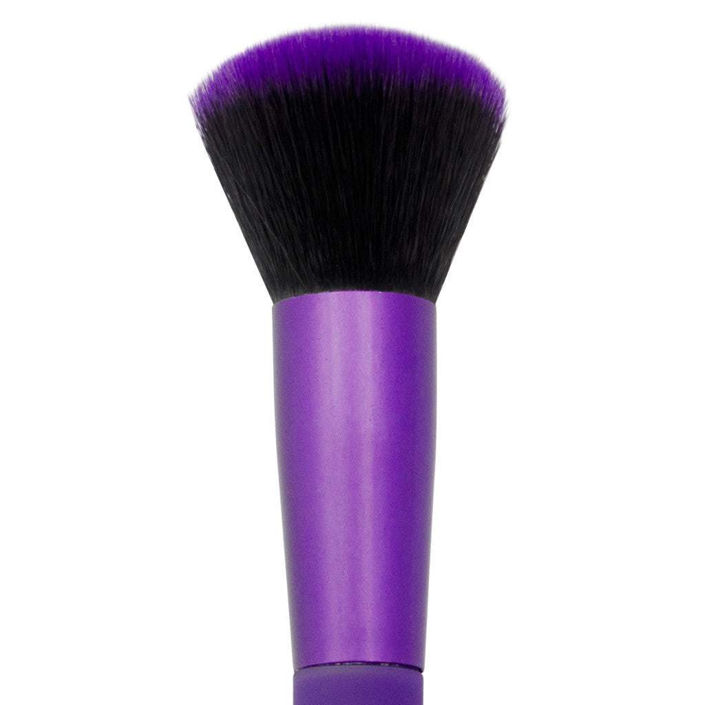 Close-up of hair and ferrule of MODA Buffer makeup brush