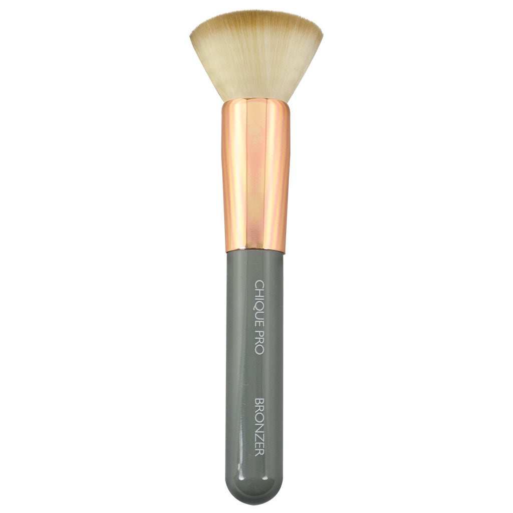 Chique™ Pro Bronzer Makeup Brush