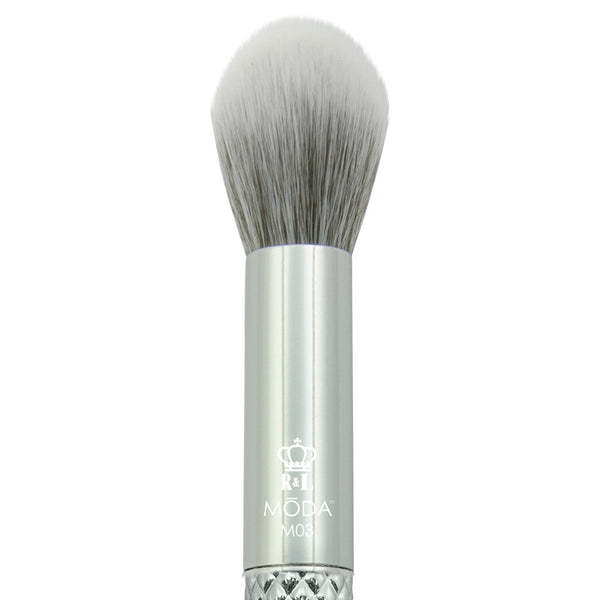 M03 - MODA® Metallics Contour Makeup Brush
