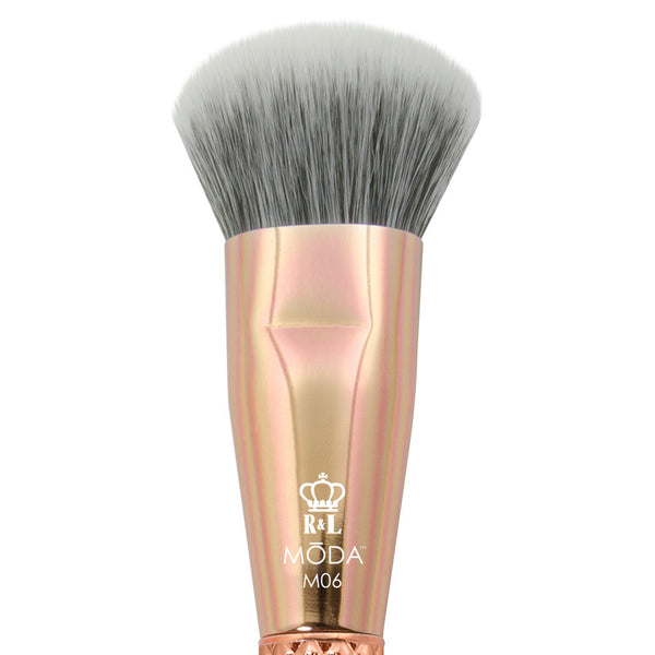 M06 - MODA® Metallics Complexion Makeup Brush