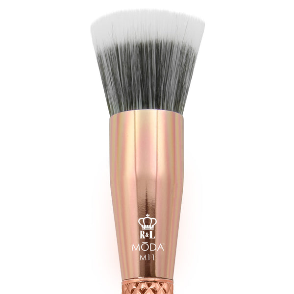 M11 - MODA® Metallics Stippler Makeup Brush