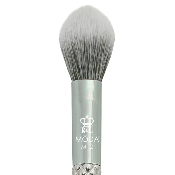 M12 - MODA® Metallics Highlight and Glow Makeup Brush