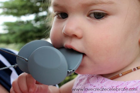 Healthy Teething and Tiny Teethers / Useful Teething Tips