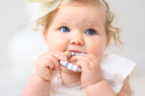How to Tell if Your Baby is Teething and What to do About it