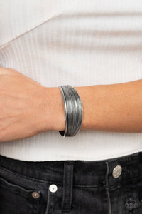 Paparazzi Bracelet - Off The Cuff Couture - Silver