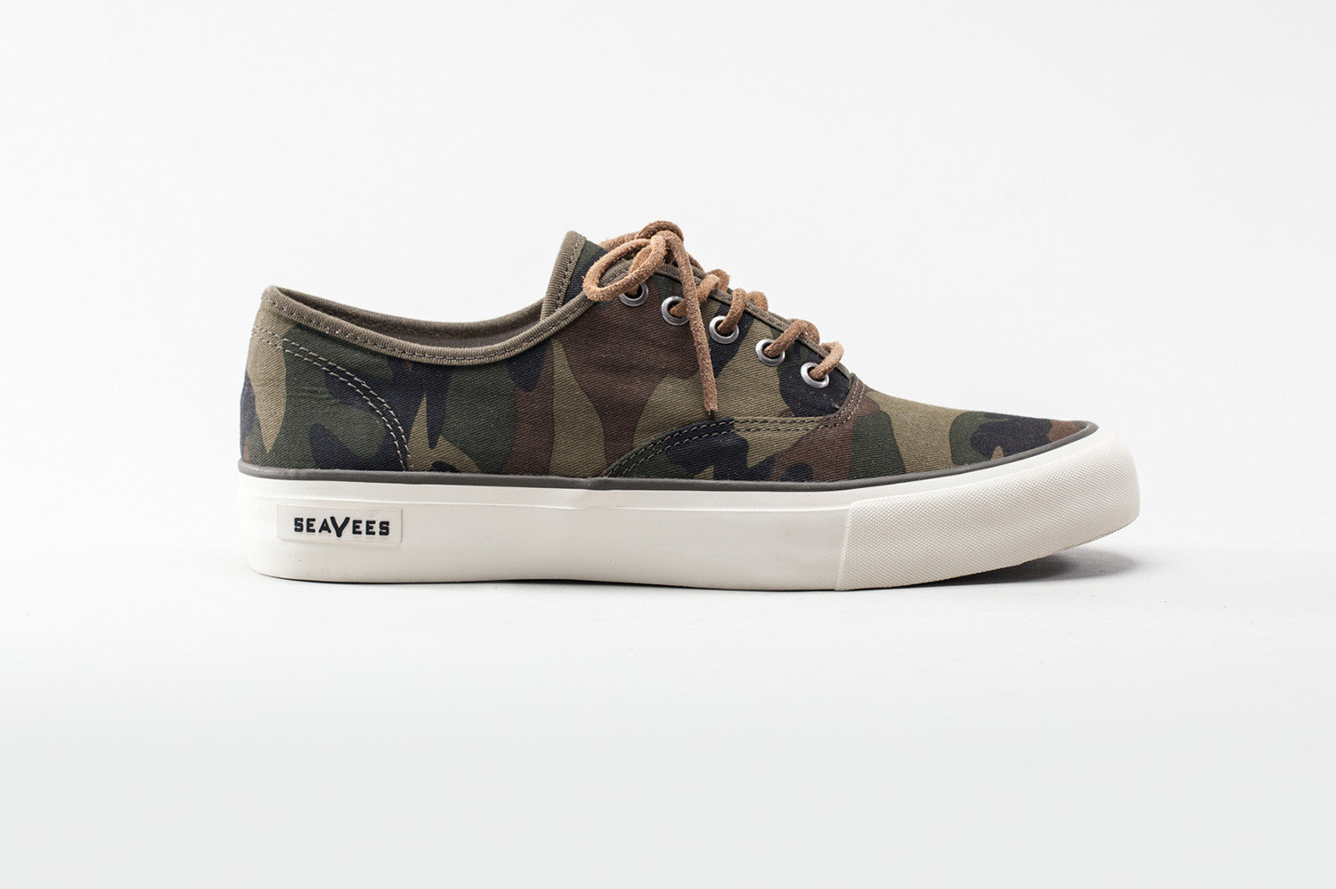 0664M_legend_sneaker_camo_olive_canvas_side