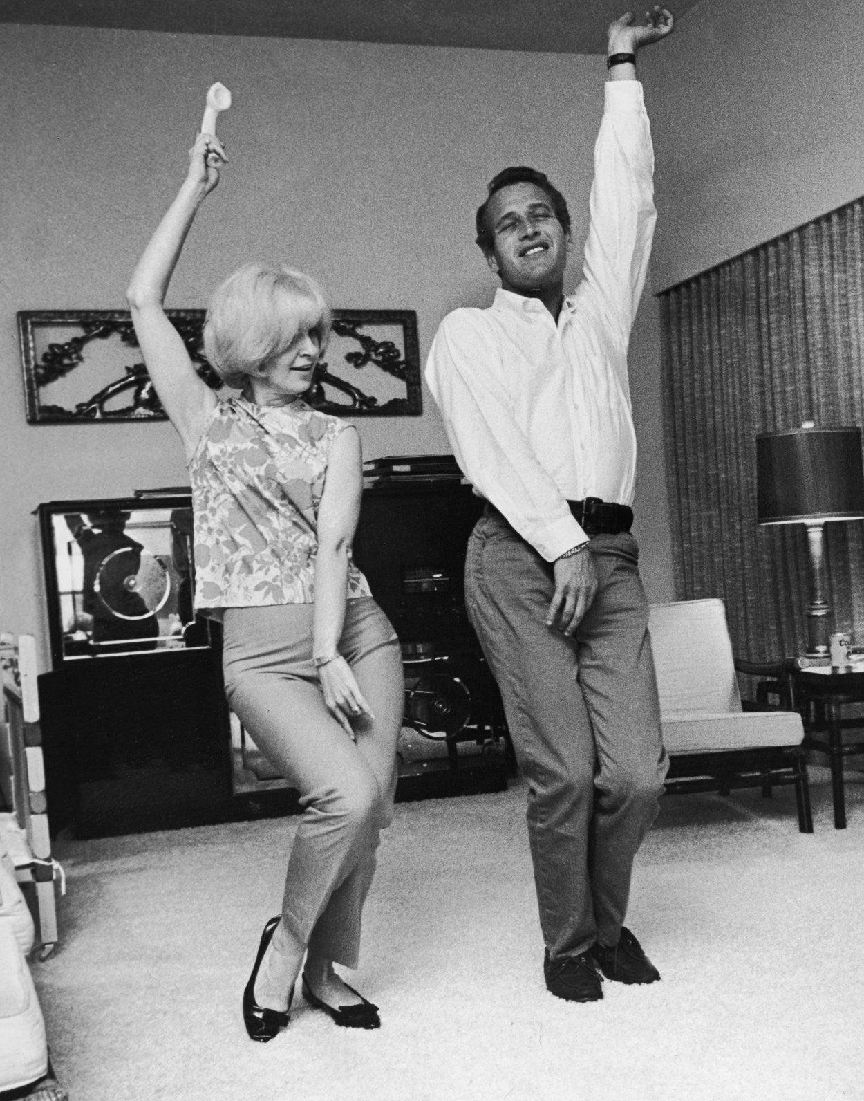 Joanne-Woodward-Paul-Newman-Dancing-e1428792513891
