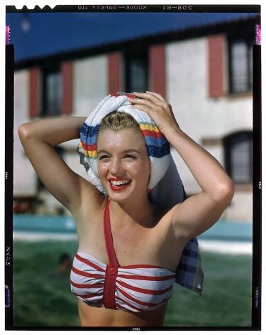 marilyn-monroe-swimsuit-towel-palm-springracquetclub