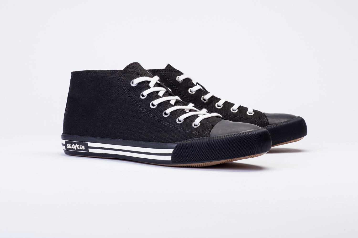 Mens - White Walls Mid-Cut Sneaker - Black