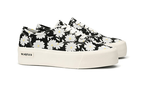 99eb96c1730a Legend Platform Embroidery in Black Daisy