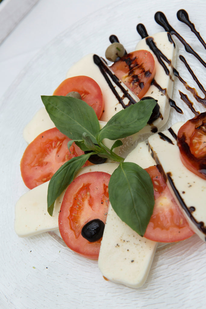 Balsamic Vinegar Reduction with Caprese Salad