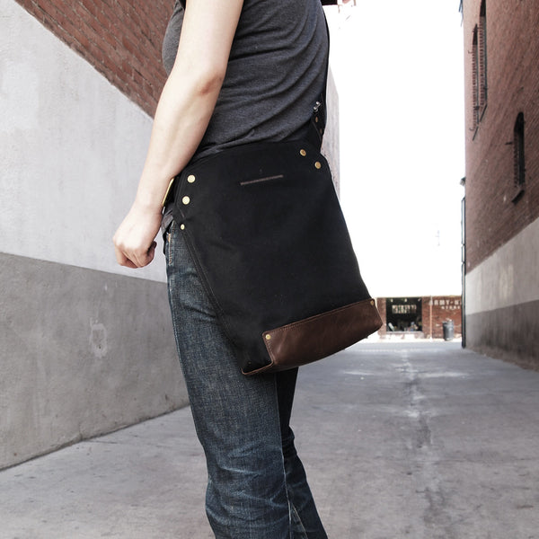 Messenger Bag / Small