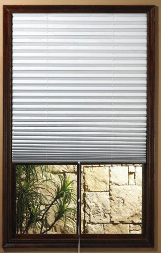 Achim 054006101681 1-2-3 Shade Vinyl Room Darkening Temporary Pleated Shades - Fresh Colony