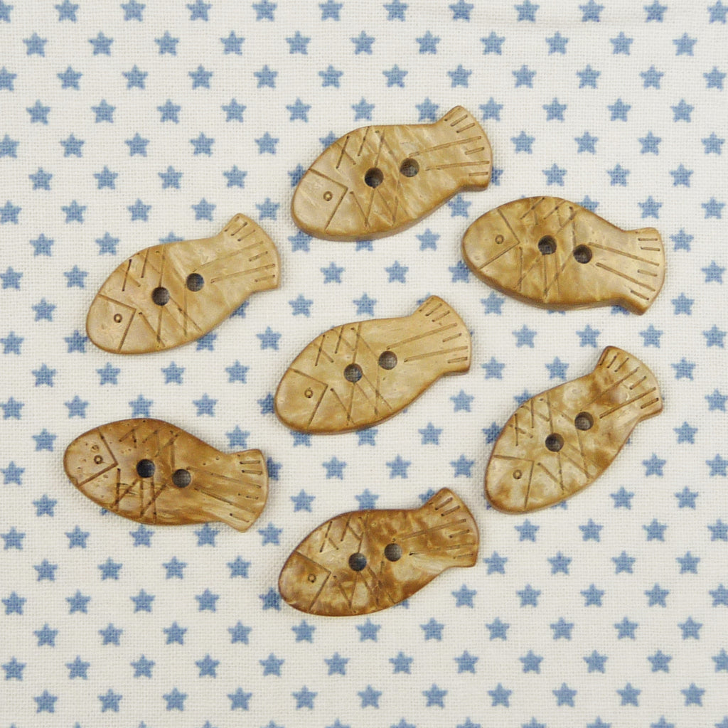 Coconut Fish Buttons ~ 26mm - Billow Fabrics