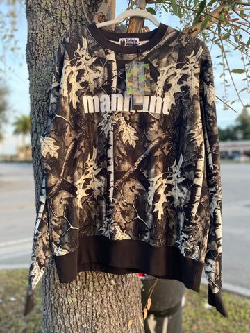 Bape Manhunt Crewneck size XL