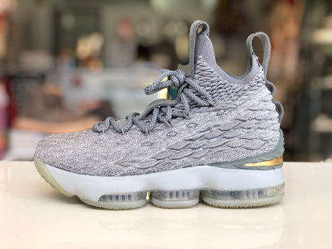 Lebron 15 City GS size 4.5