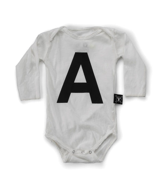 Nununu A long sleeve white bodysuit (6-12m, size 3-6)