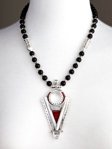 Tenfolk Arrow Pendant with Onyx Beads