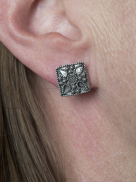 Silver Filigree Square Floral Stud Earring