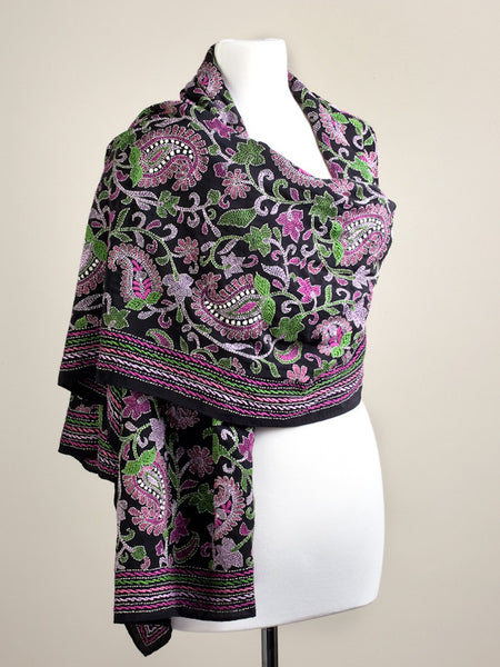 Paisley Garden Black and Pink Wrap