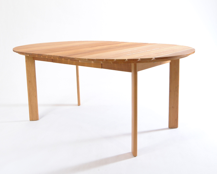 Robinia extension table oval
