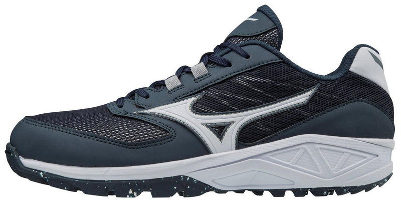 Mizuno Dominant All Surface Low Turf Shoe