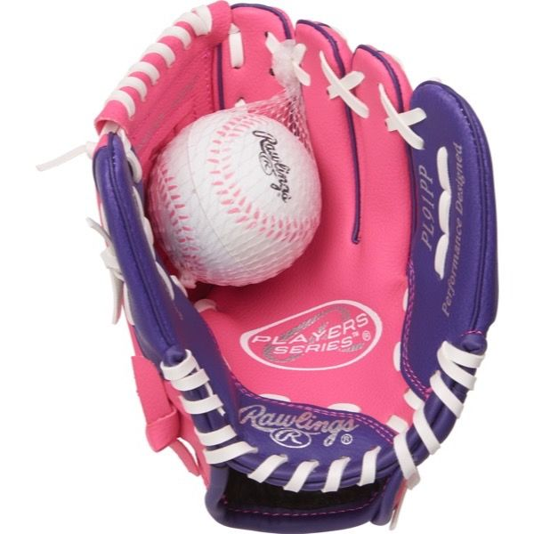 Rawlings Players 9 in Softball Glove with Soft Core Ball