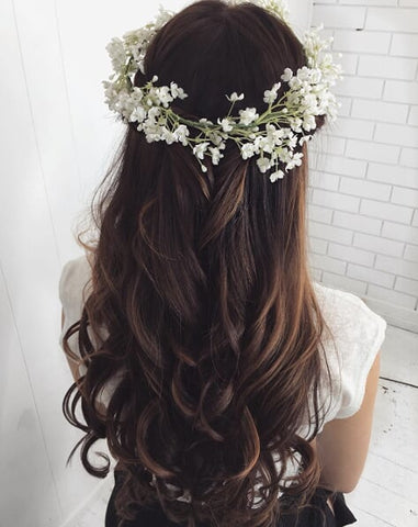 Boho waves are among the most elegant wedding hairstyles you can do with your clip-in hair extensions.