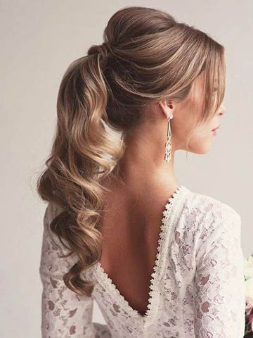The ponytail is one of the most sophisticated hairstyles you can do on your Minque ponytail clip-in hair extensions for your wedding day.