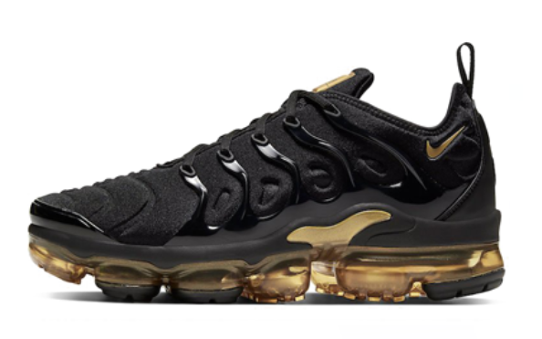 NIKE AIR VAPORMAX PLUS BLACK AND GOLD