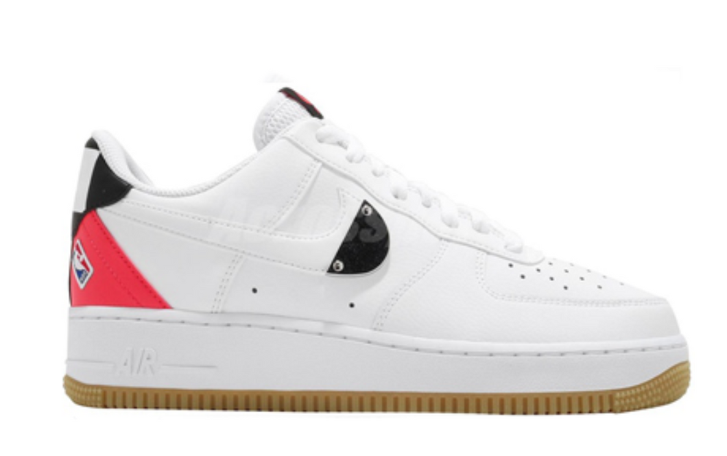 NIKE AIR FORCE 1 LOW NBA WHITE CRIMSON GUM