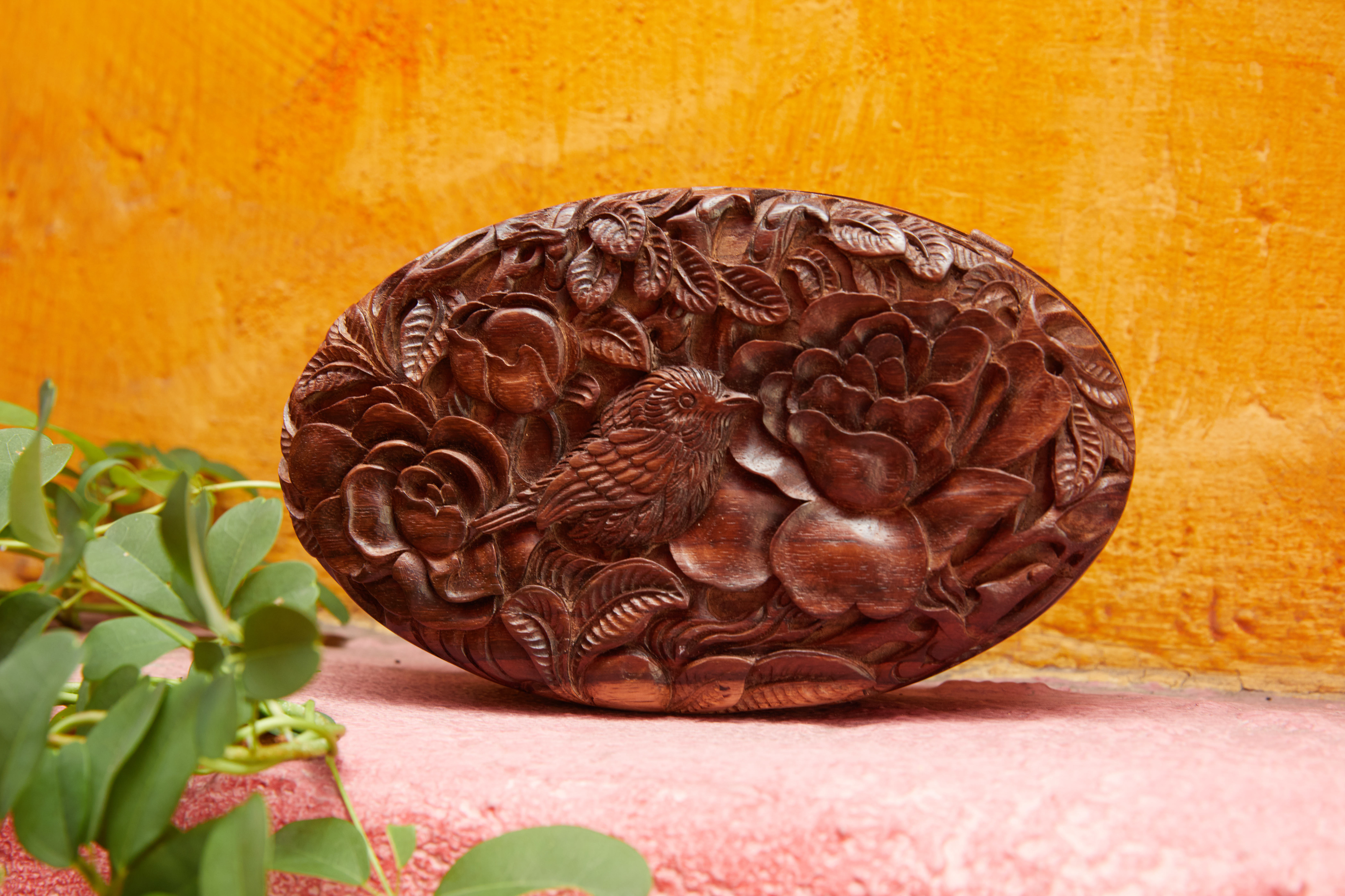 Incredible hand-carved clutches inspired by the Roses and Nightingale painting by Laurie Blum | Blumera