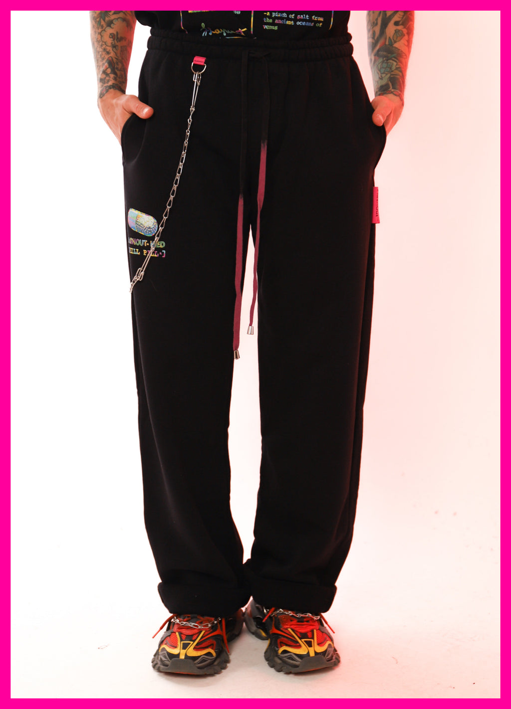 [ * UNISEX * ] WIDE BLACK PANTS CHILL PILL - Flashout Store
